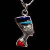 Bijoux Profil De Néfertiti En Argent Avec Incrustation Turquoise Sur Un Profil Et Avec Incrustation Lapis-Lazuli, Turquoise Et Cornaline Sur L'autre Profil