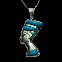 Bijoux Pharaonique Profil De Néfertiti En Argent Avec Incrustation Turquoise Sur Un Profil Et Avec Incrustation Lapis-Lazuli Sur L'autre Profil - 31Ko