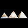 Pyramide En Albatre