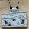 Pendentif Amulette Oeil D'Horus Gris